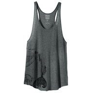 grey tank top pallets